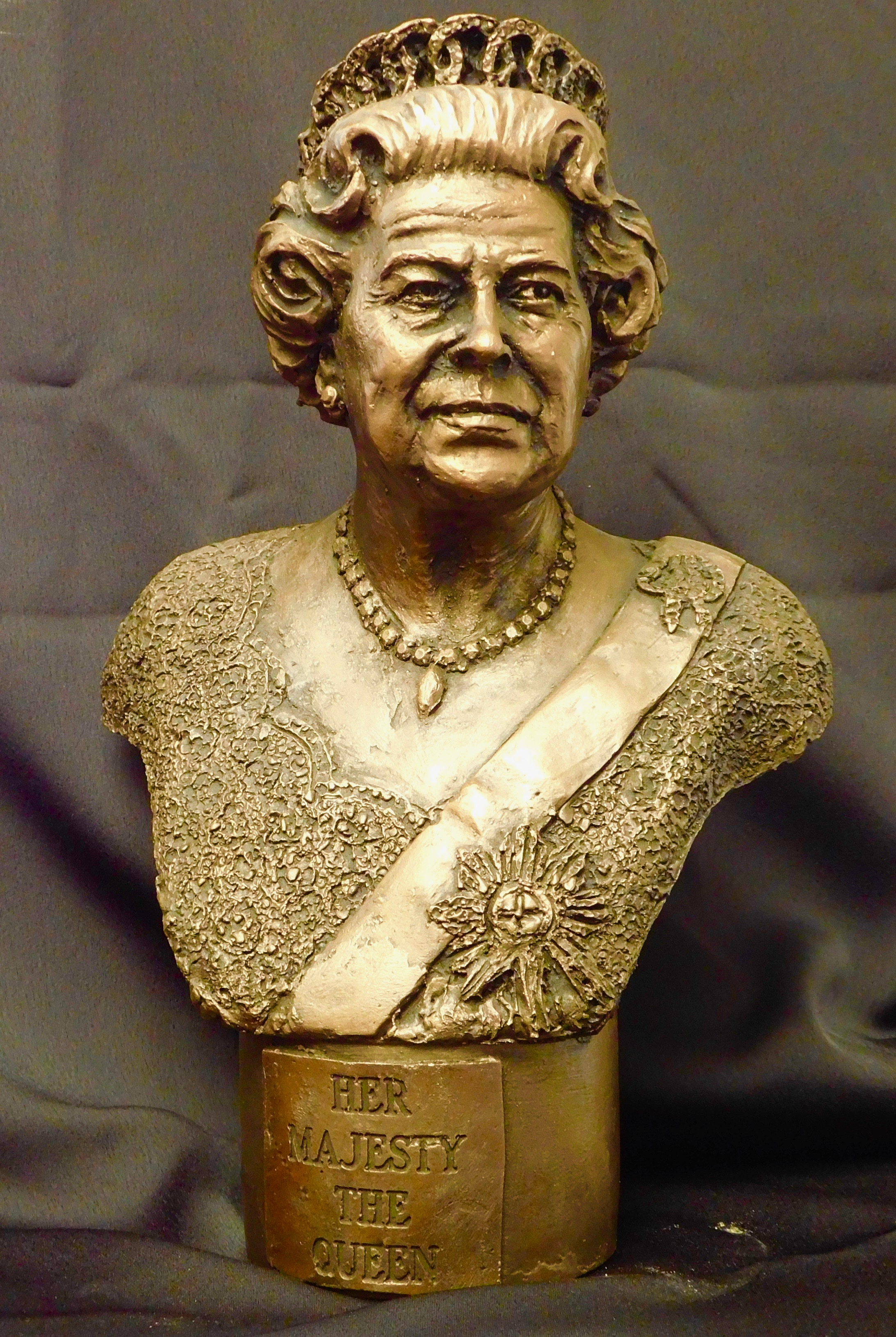 Queen Elizabeth Bronze